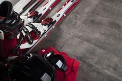 Tema del deporte de invierno - esquí Foto de archivo