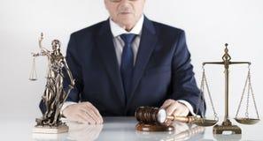 Tema della giustizia e di legge Ufficio del consigliere giuridico Posto per tipografia immagini stock libere da diritti