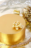 Tema dorato - casella dorata fotografia stock libera da diritti