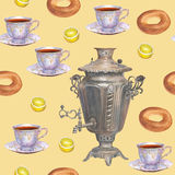 Tema för te för modell för vattenfärgbakgrund sömlöst med ryss sa Royaltyfri Foto