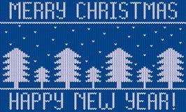 Tema hecho punto de la Navidad del Año Nuevo del bordado con los abetos y la nieve Fotografía de archivo