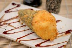 Temaki caliente de la comida japonesa Imagenes de archivo
