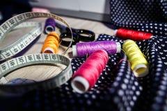 Temat uszycie, szy, dressmaking, szwalna maszyna Fotografia Royalty Free