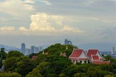 Temlple tailandese alla collina di Pratumnak Immagine Stock Libera da Diritti