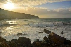 Tempête à la baie IR-Rih de Fomm à Malte Photographie stock