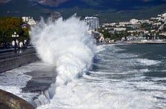 Tempête à Yalta photos libres de droits
