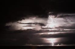 Tempête au-dessus de mer Photos libres de droits