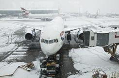 Tempête de neige à l'aéroport de Heathrow Photographie stock libre de droits