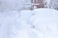 Tempête de neige dans la ville images stock