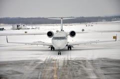 Tempête de neige sur l'aéroport Photos libres de droits
