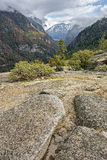 Tempête entrante en vallée de yosemite Images stock
