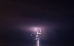 Tempête et foudre images stock