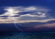 Tempête et la mer Photographie stock