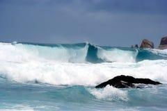 Tempête, ondes géantes, tsunami   Image libre de droits