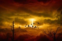 Tempête rouge en montagnes Photographie stock
