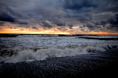 Tempête sur la plage à Sotchi Photo libre de droits
