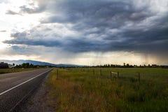 Tempête sur la prairie Photos stock