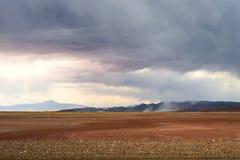 Tempêtes de poussière dans le désert des salines Grandes Photos libres de droits
