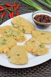 Tempe Mendoan, indonesisches Lebensmittel Lizenzfreie Stockfotos