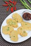 Tempeh Mendoan, indonesisches Lebensmittel Lizenzfreies Stockfoto