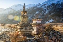 Tempel överst av berget Arkivbild