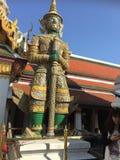 Tempel auf Khao Takeab Berg in Thailand Stockbild