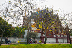 Tempel auf Khao Takeab Berg in Thailand Chiangmai lizenzfreie stockfotos