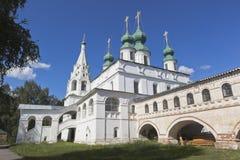 Tempel av ärkeängeln Michael i St Michael ärkeängelkloster i staden av Veliky Ustyug i den Vologda regionen Royaltyfri Fotografi