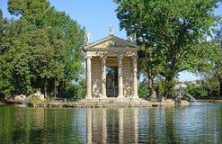 Tempel av aesculapiusen rome Arkivbilder