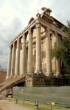 Tempel av Antoninus och Faustina Arkivbild
