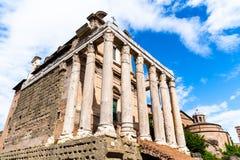 Tempel av Antoninus och Faustina, Roman Forum, Rome, Italien arkivfoto