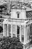 Tempel av Antoninus och Faustina, Roman Forum, Rome, Italien fotografering för bildbyråer