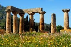 Tempel av Apollo, forntida Corinth arkivfoton