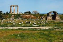 Tempel av Apollo, forntida Corinth royaltyfria bilder