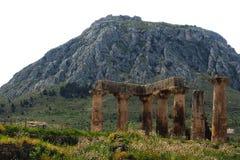 Tempel av Apollo, forntida Corinth royaltyfri bild
