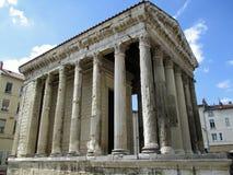 Tempel av Augustus och Livia Arkivfoton