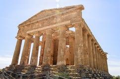 Tempel av Concordia i Agrigento, Italien royaltyfri foto