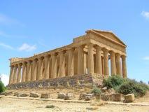 Tempel av den Concordia dalen av tempel Agrigento Sicilien Italien Royaltyfria Bilder