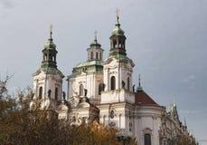 Tempel av den gamla stadfyrkanten i Prague Arkivbild