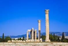 Tempel av den olympiska Zeus på Aten, Grekland Royaltyfri Fotografi