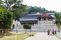 Tempel av den sakrala tandreliken i Kandy, Sri Lanka Royaltyfri Foto
