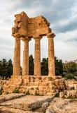 Tempel av Dioscurien i Agrigento royaltyfria foton