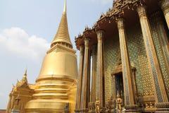 Tempel av Emerald Buddha, Wat Phra Kaew Royaltyfri Bild