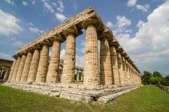 Tempel av Hera den berömda Paestum arkeologiska platsen italy Royaltyfri Foto