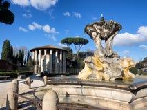 Tempel av Hercules Victor i forumet Boarium i Rome med royaltyfria bilder