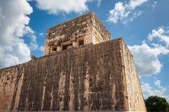 Tempel av Jaguar på Chichen Itza Arkivfoton
