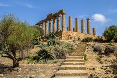 Tempel av Juno i dalen av templen, Agrigento, Italien Royaltyfri Fotografi