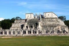 Tempel av krigarna, Chichen Itza royaltyfria foton