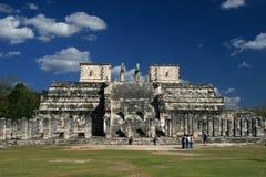 Tempel av krigarna/Chichen Itza, Mexico Arkivbild