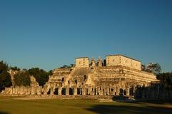 Tempel av krigarna/Chichen Itza, Mexico Royaltyfria Bilder
